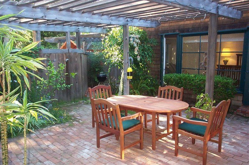 Enclosed Patio Ideas | Enclosed Patio Designs, Enclosed Patios Photo