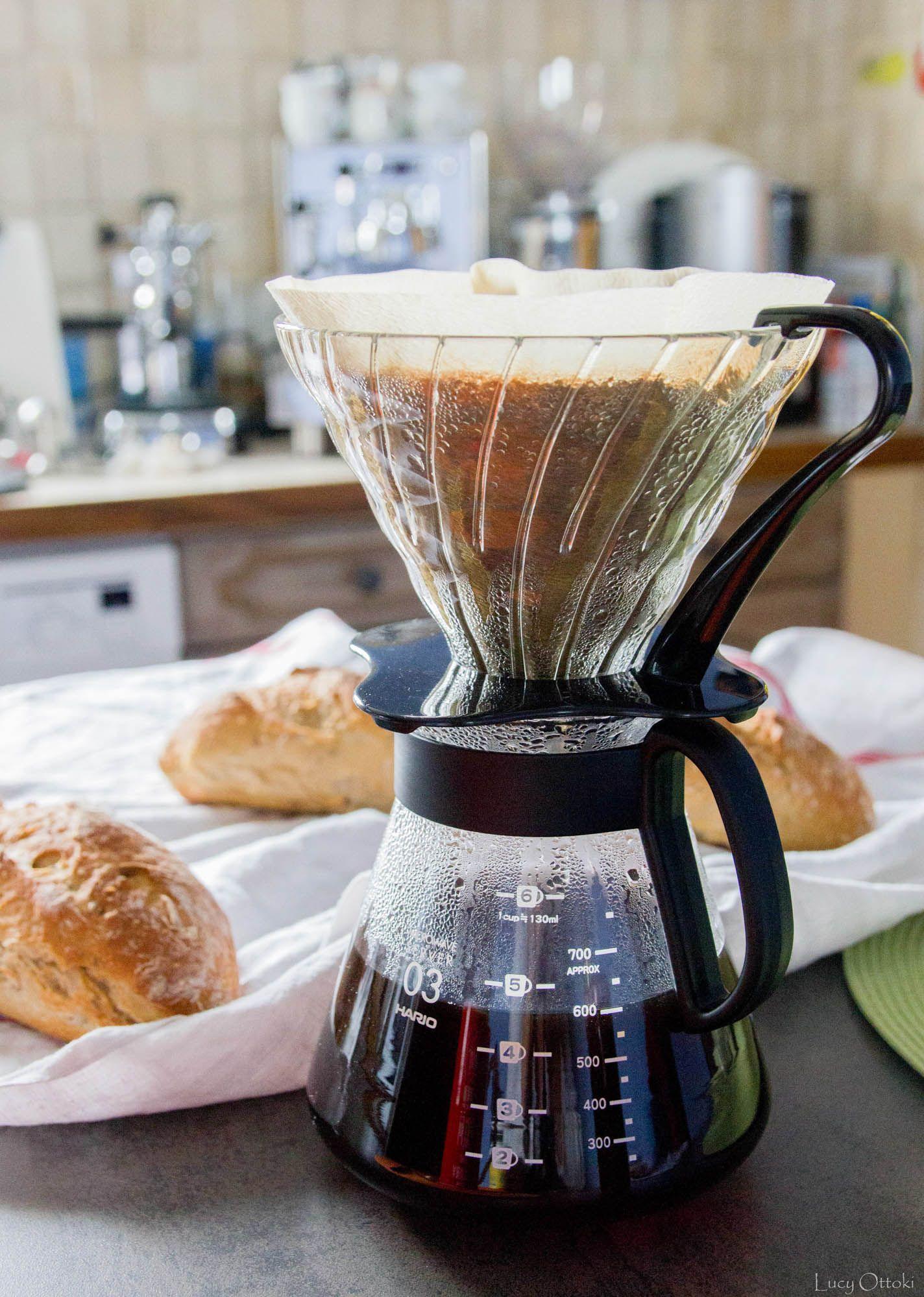 Café filtre Hario Dripper + cafetière. Coffee Pot Hario