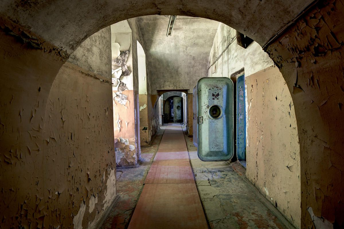 The Soviet Union Abandoned A Communist Empire In Decay ART - 24 mysterious haunting abandoned buildings soviet union