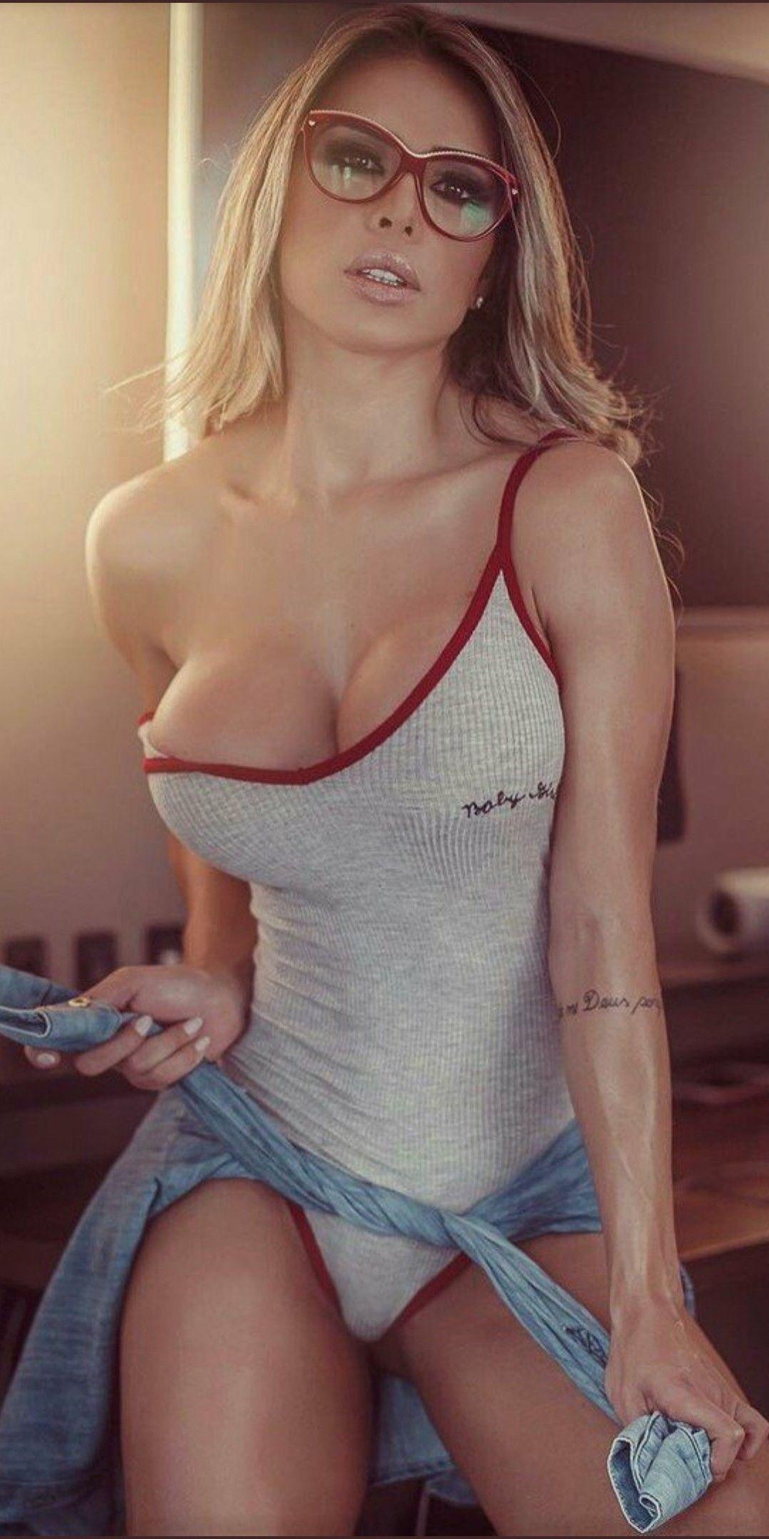 Nude photos of europian girls