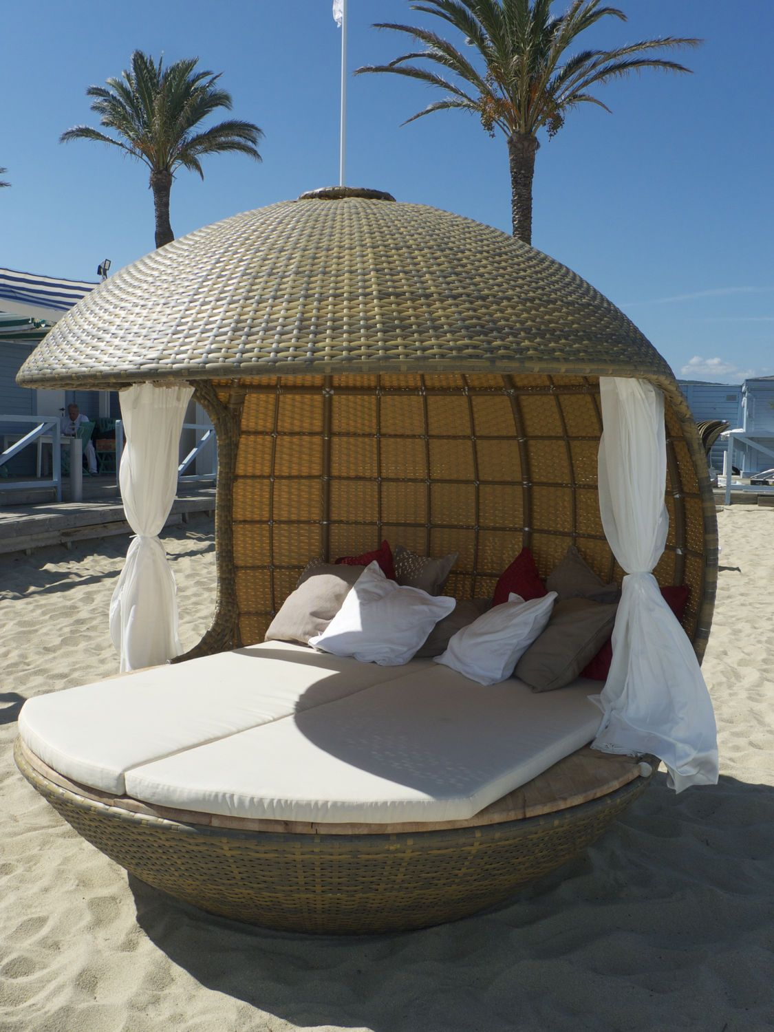 Mind Blowing Outdoor Beds With Canopy Design Exterior Ideas  Extraordinary Round Rattan Woven Sun Cover For Cream Sheet Bed In Pictures Of Outdoor ... & Canopies And Awnings High Resolution Image Door Design Outdoor Bed ...