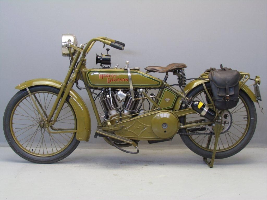 Harley Davidson From The 1920s Gets Restored Kip Marx An Engineer From Oakland New Zealand