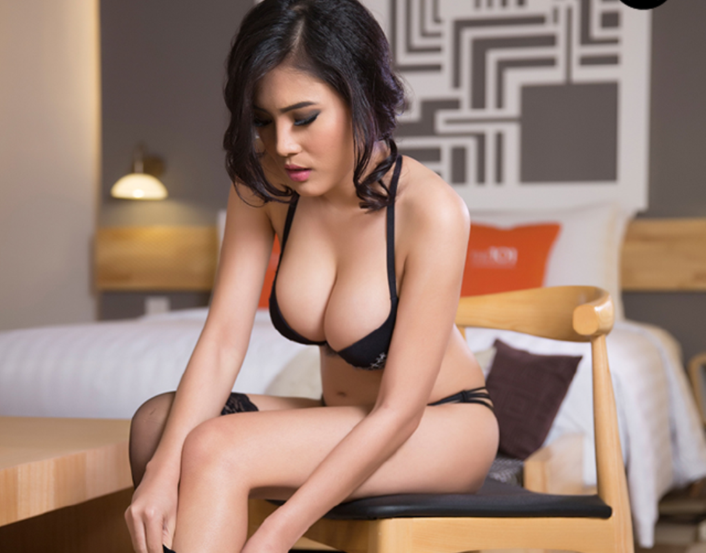 Model Hot Bugil Indonesia: Nisa Beiby, Indonesian Sexy Model