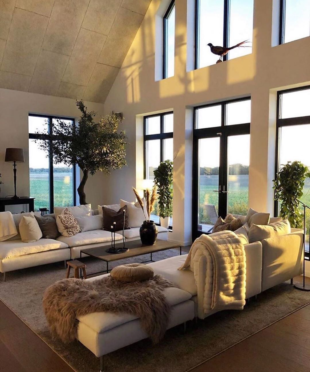 Olivia Jent Interior Design On Instagram Imagine Watching A Sunset From These Windows Husdr Dream Home Design Dream Living Rooms House Styles