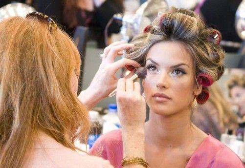 How to get Victoria's Secret curls