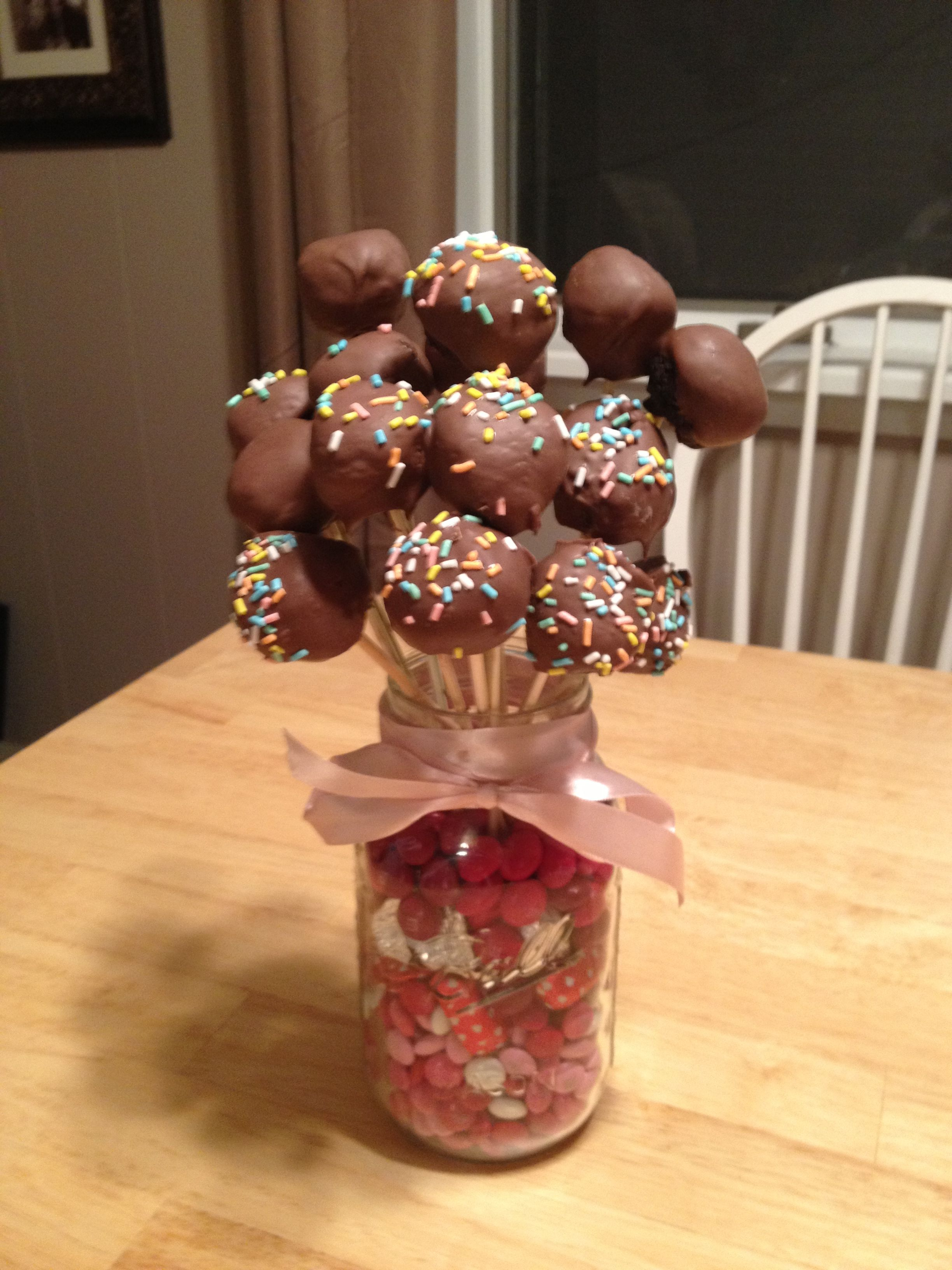 12++ Cake pop bouquet delivery trends