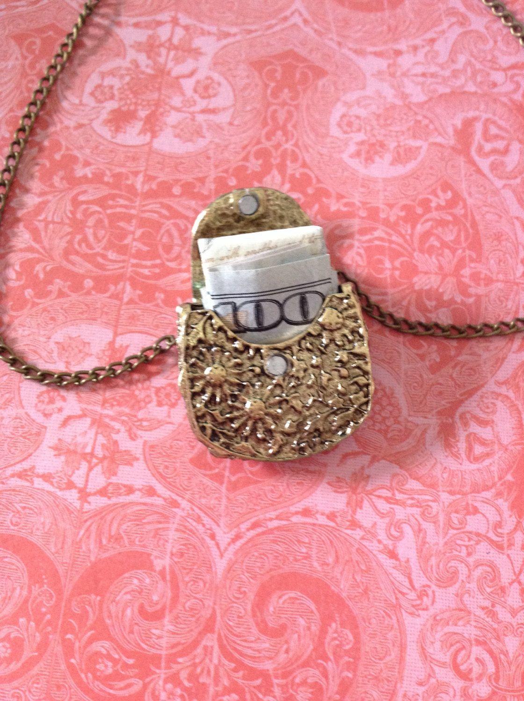 Women vintage locket carved floral pendant by xiomarafavela on etsy