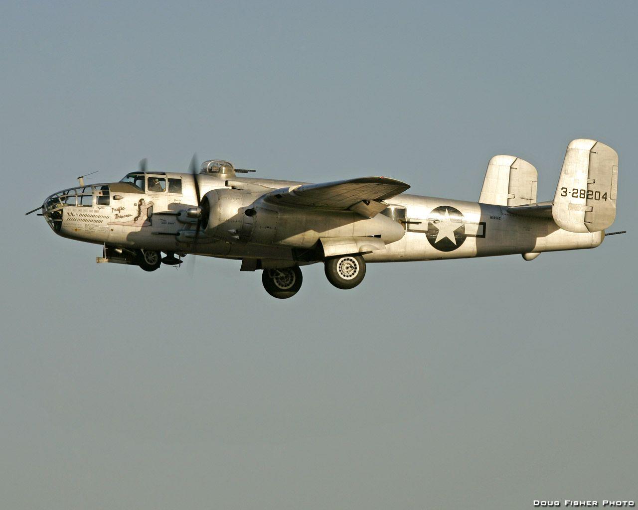 American WW II Bomber