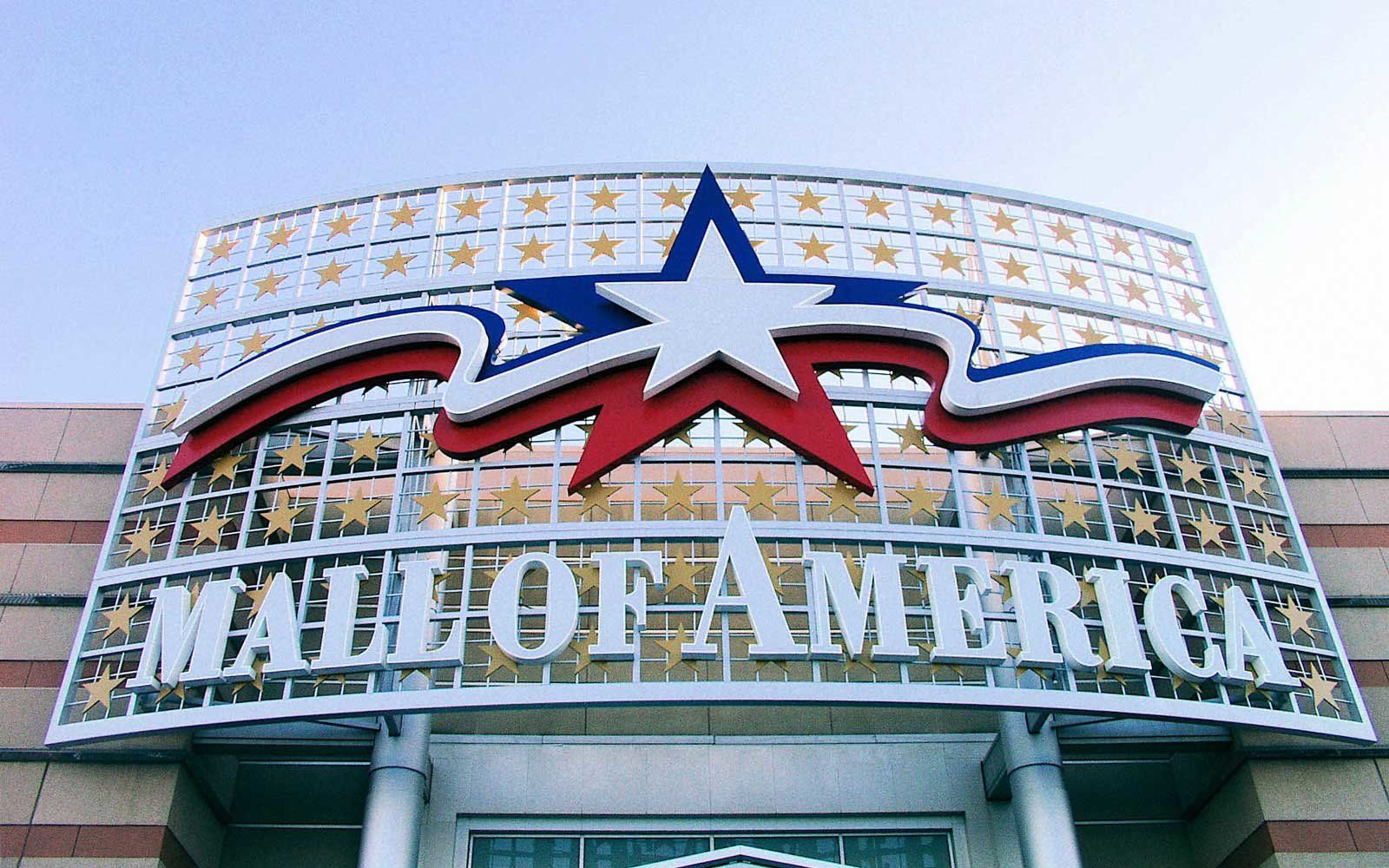 This Job Will Pay You To Live Inside The Mall Of America For Five - Largest mall in usa