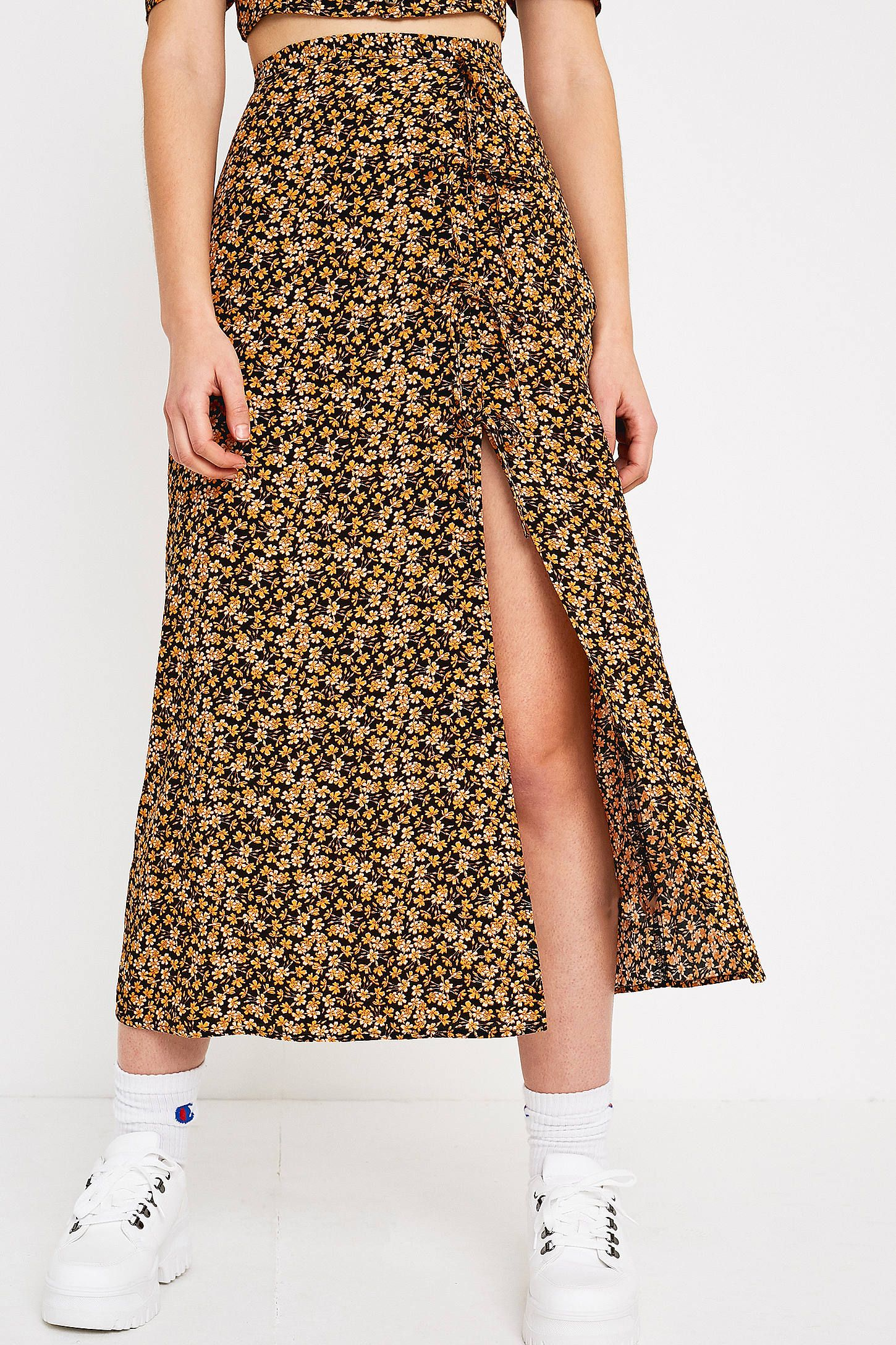 UO Floral Tie Side Midaxi Skirt   Floral print skirt, Skirts