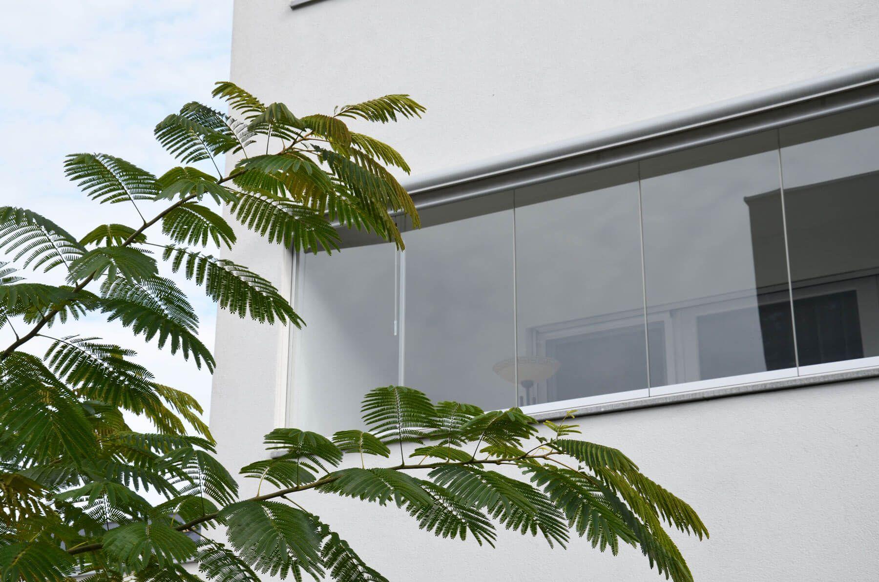 Glas Faltwand Falltüre Windschutz Balkonverglasung