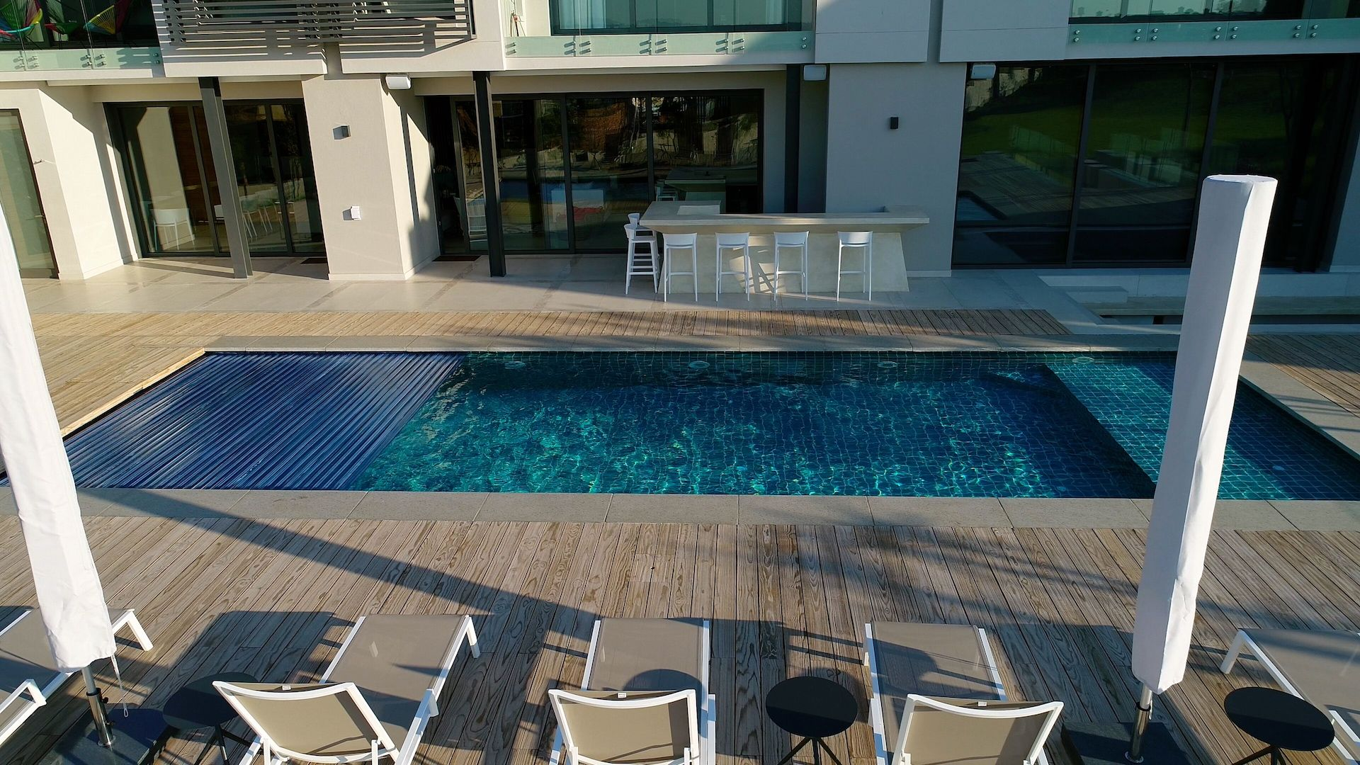 Designer Pool Covers Automatic Pool Covers Supply and
