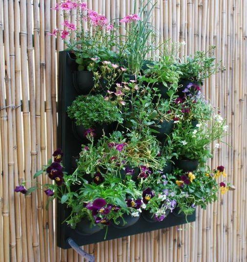 flowall pflanzwand. der vertikale garten | vertikale gärten, Gartenarbeit ideen