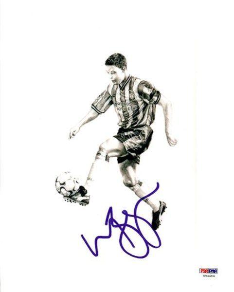 Wayne Bridge Autographed 8x10 Photo Chelsea PSA/DNA #U54404