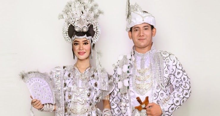 Pin Di Sewa Baju Adat Sewa Baju Daerah Dijakarta