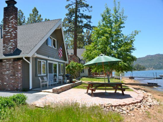 lagunita lakefront gorgeous updated big bear lakefront cabin with rh pinterest com lakefront cottage rentals wisconsin lakefront cottage rentals ny