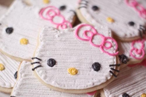 Cute Ideas for a girl's birthday party and some that could be used for a boy's birthday party.