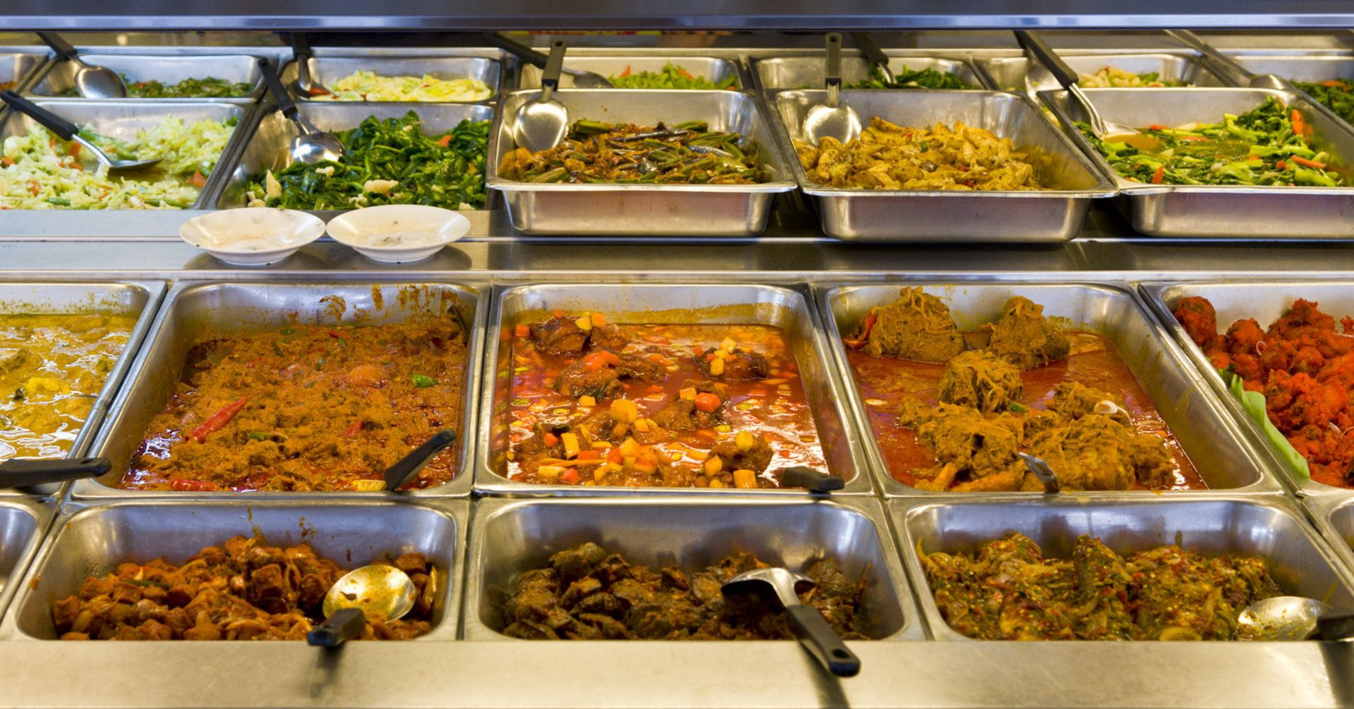 This Is The No 1 Food To Avoid At Buffets At All Costs According