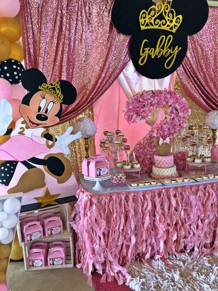 The Dessert Table At This Minnie Mouse Princess Birthday Party Is Minnie Mouse Birthday Party Minnie Mouse Birthday Party Decorations Minnie Mouse 1st Birthday