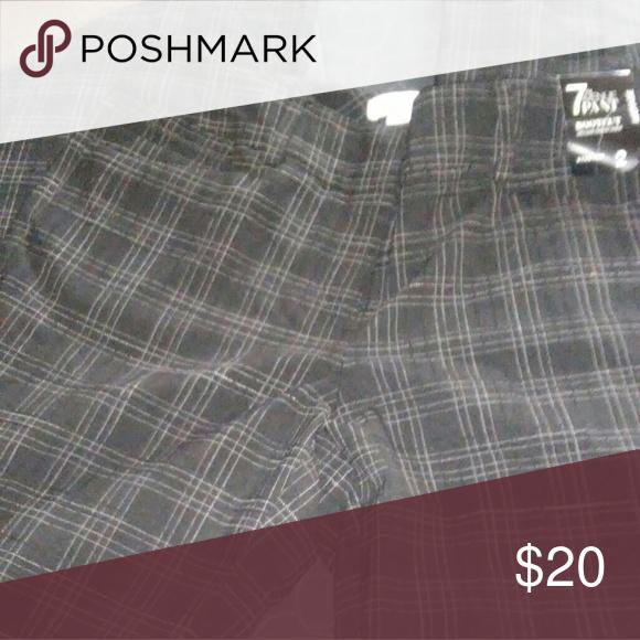 7th avenue dress slacks New york and company size 2 stretchable New York & Company Pants
