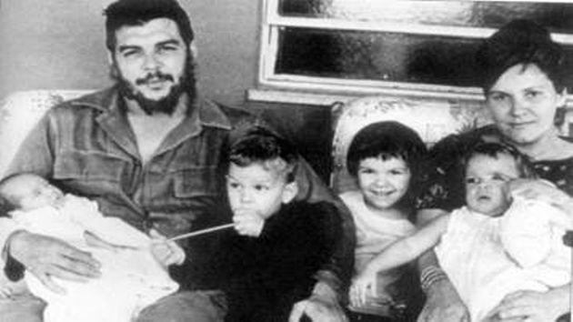 Che Guevara según Hernán Benítez sacerdote ex confesor y guía espiritual de Eva Duarte de Perón.