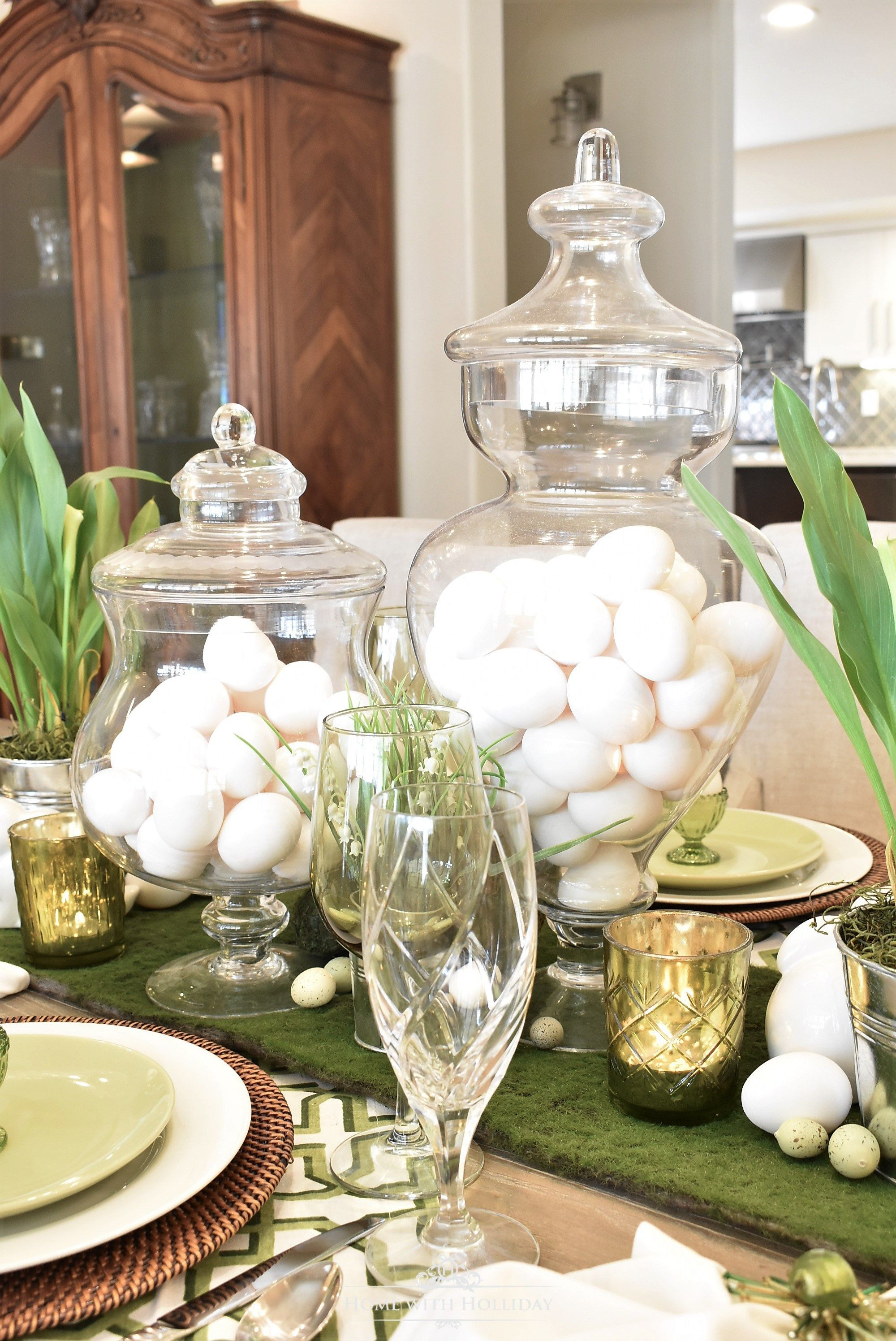 green and white easter table setting | easter decorating ideas