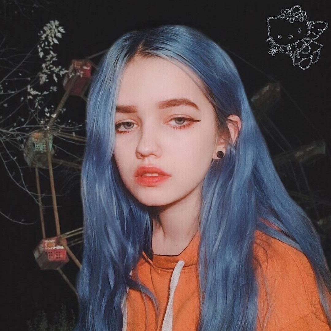 girl #cute #makeup #pretty  Blue hair aesthetic, Dyed hair, Hair