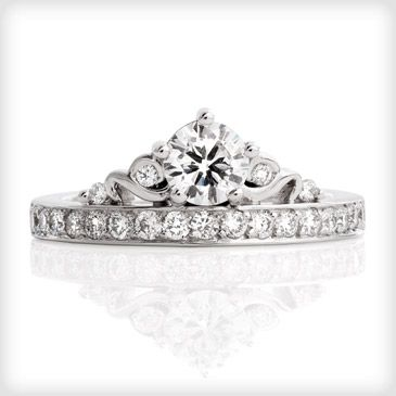 Gallery For > Crown Shaped Engagement Ring | Jewelry ...