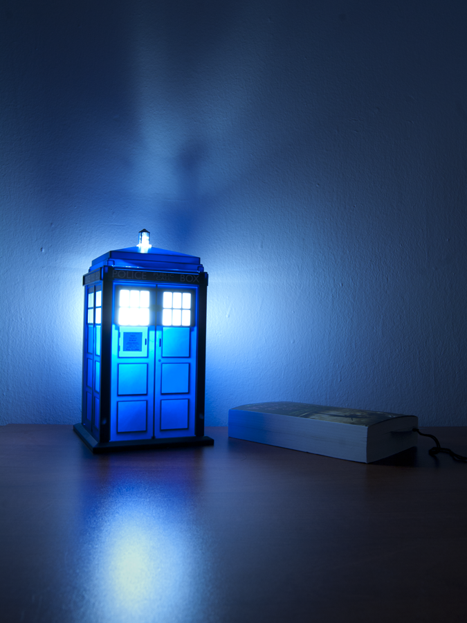 TARDIS Lamp - awesome :D