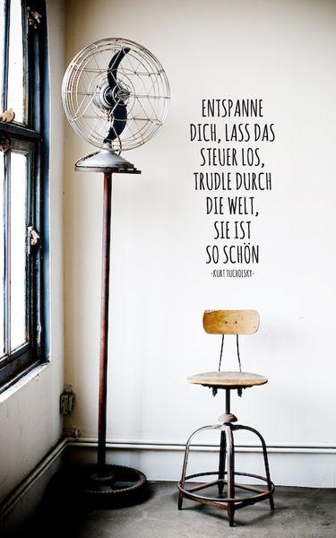 Zitat von Kurt Tucholsky - Wandtattoo, Wandsticker Quotes  Claims - wandtattoo schlafzimmer sprüche