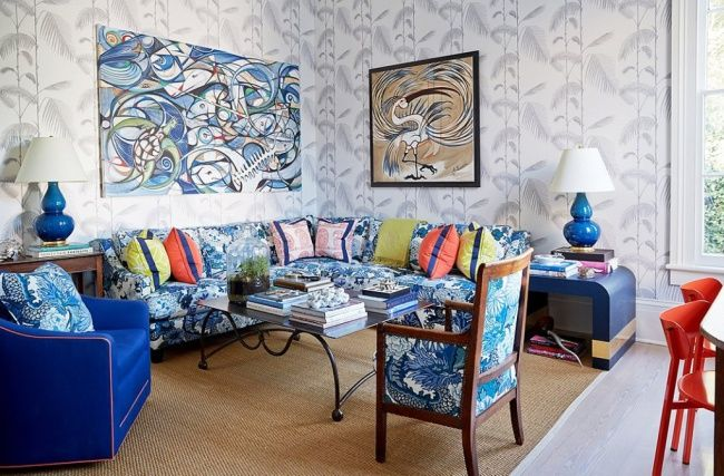 House Tour:Jane Scott Hodges - Design Chic- fun abstract art in the living room