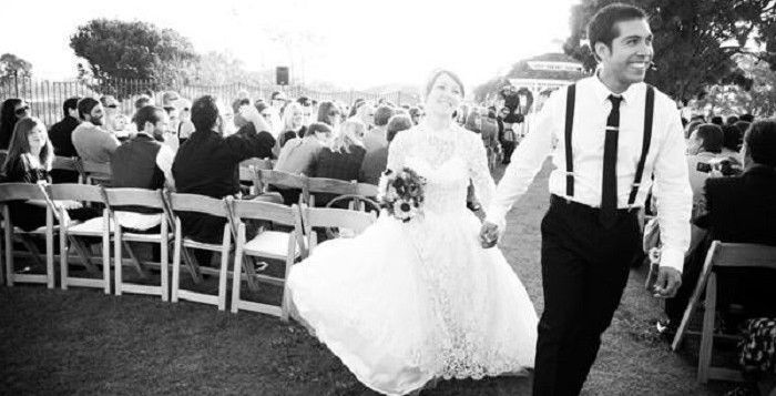 Get that old Hollywood glamour on your special day! 14 Ways To Bring #Vintage Glamour To Your #Wedding