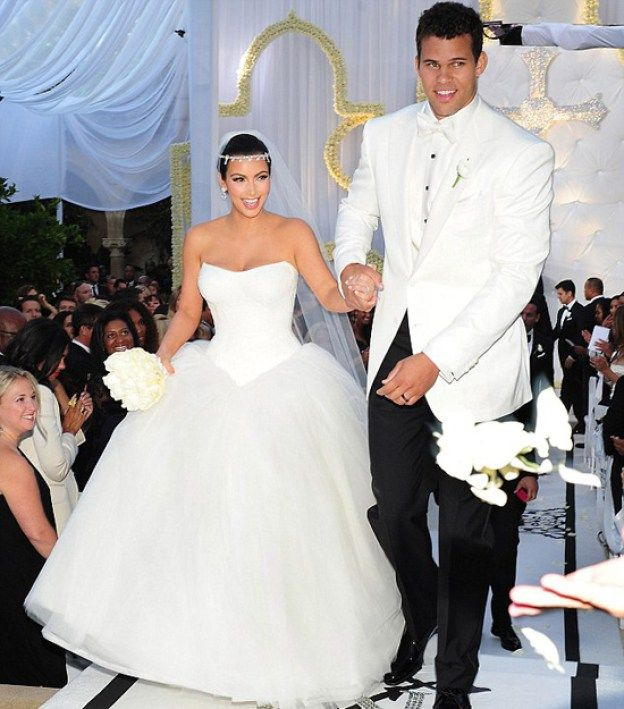 Casamento Kim Kardashian Kanye West Pronta Para O Sim Casamento Hollywood Vestidos De Noiva Vera Wang Wedding Gown