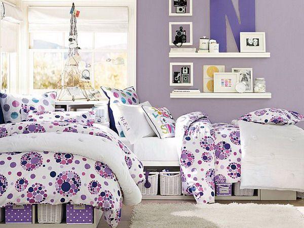 Girls purple bedroom decorating ideas socialcafe for Purple teenage bedroom designs