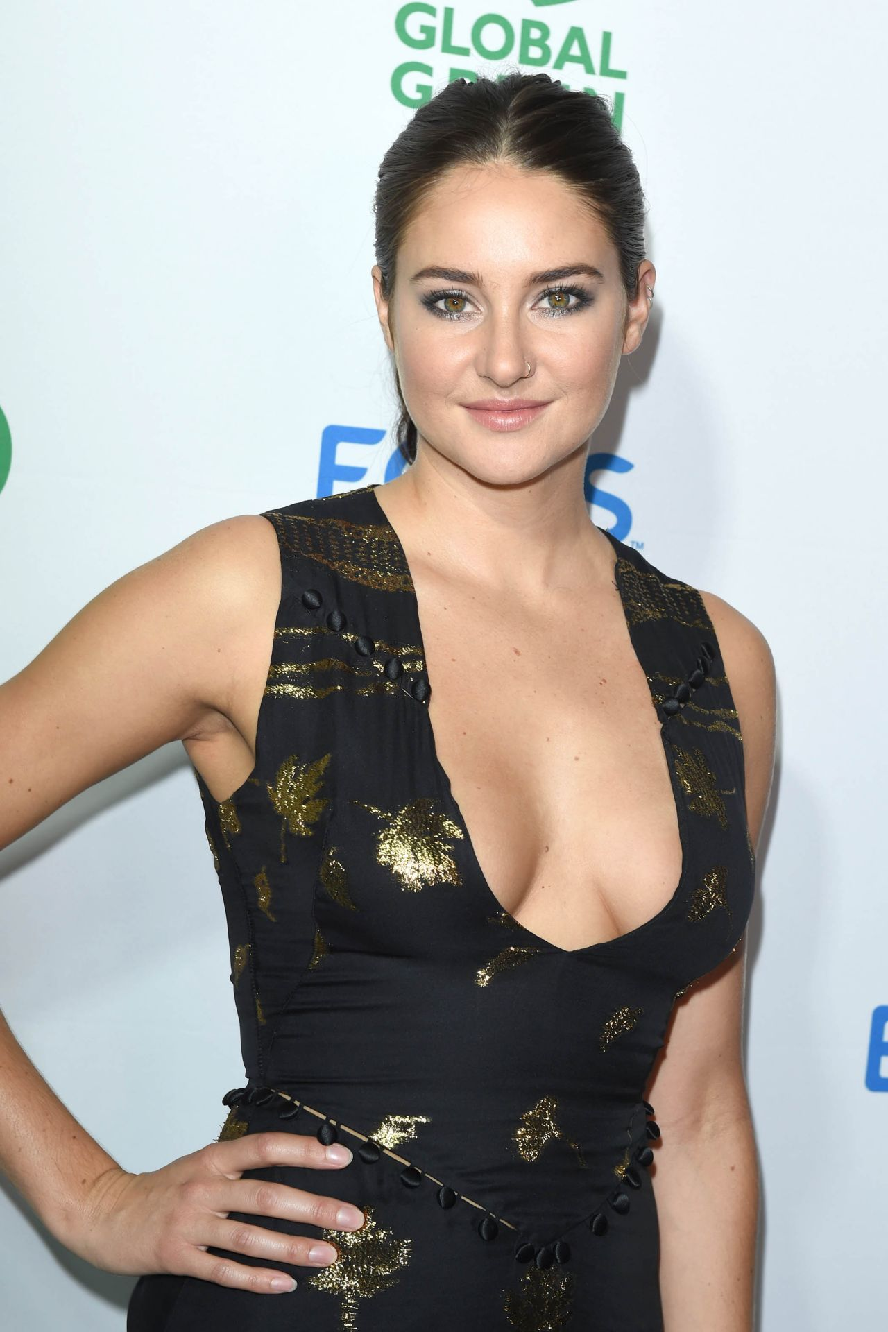 Discussion on this topic: Angie varona sexy pics 2, shailene-woodley-sexy-29-photos/