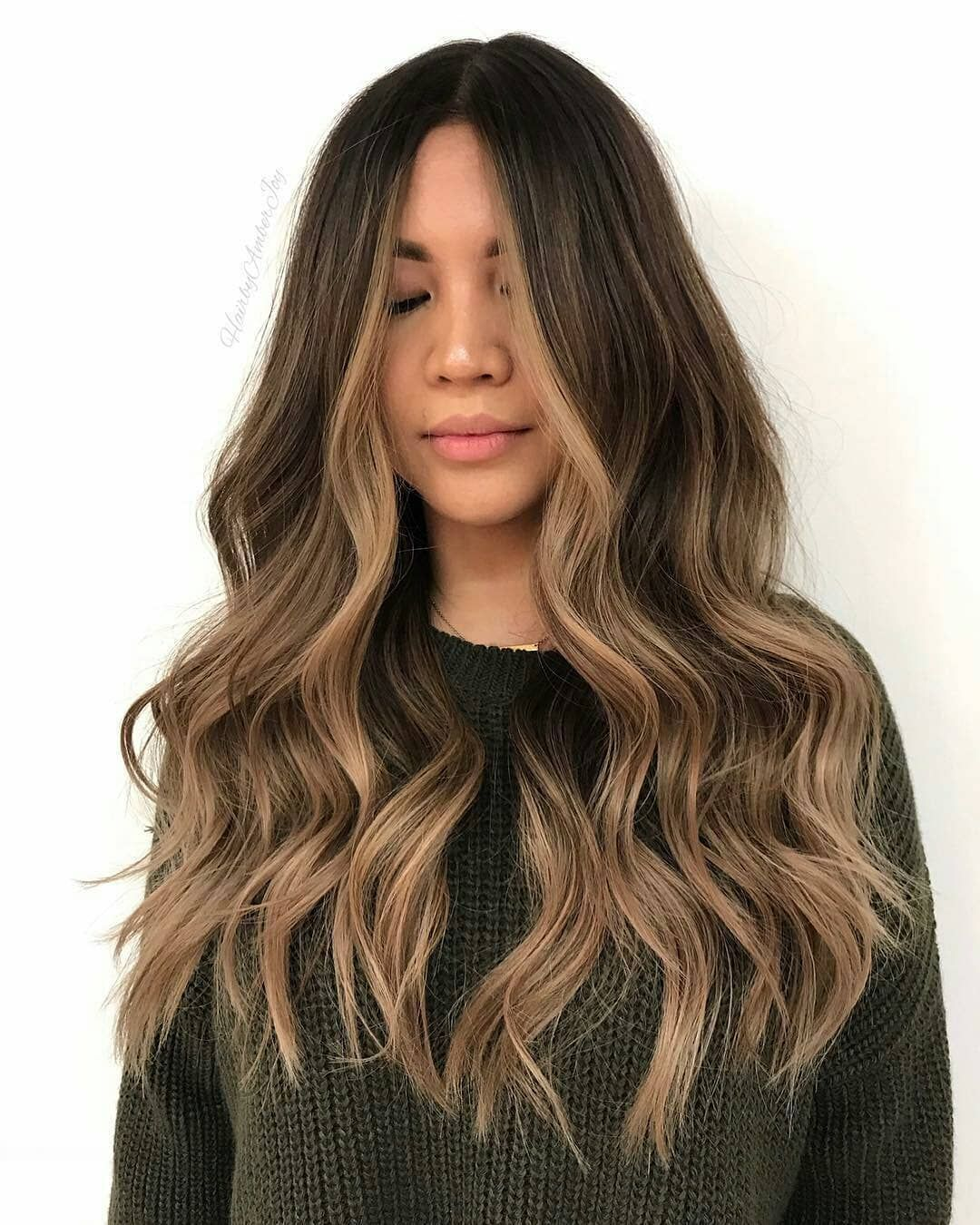 6 Delicate Two Tone Hair Color Ideas For Brunettes For 2019 : Have A