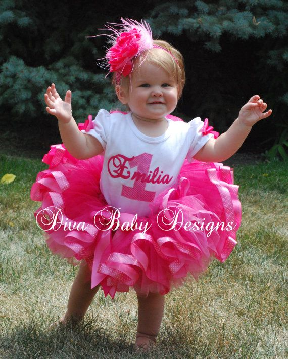 baby girls 1st birthday outfit- Posh Princess pink polka dot girls ribbon  tutu outfit made - Bebé Niñas 1 º Equipo - Posh Princess Rosa Lunares Cumpleañeras