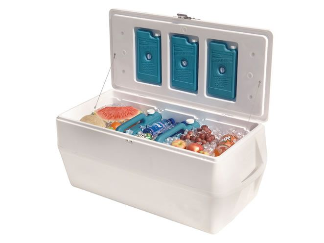 Marine Cooler Ice Chest Holds 250 Lbs Of Fish And 30 Lbs Of Ice Or 252 Cans Plus Ice Marine Coolers Ice Chest Cooler Rubbermaid