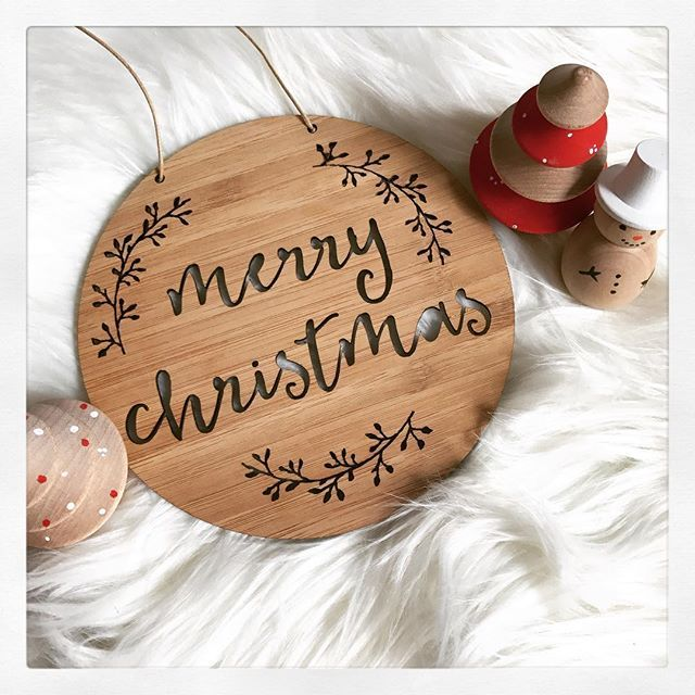 Christmas tree oh Christmas tree! . . . . . #supportsmallbusiness #christmastree #christmas#merrychristmas #fridayflatlay #flatlayfriday #scandinavianchristmas #scandichristmas #merryandbright#snowman#momswithcameras #itsbeginningtolookalotlikechristmas #itsthemostwonderfultimeoftheyear