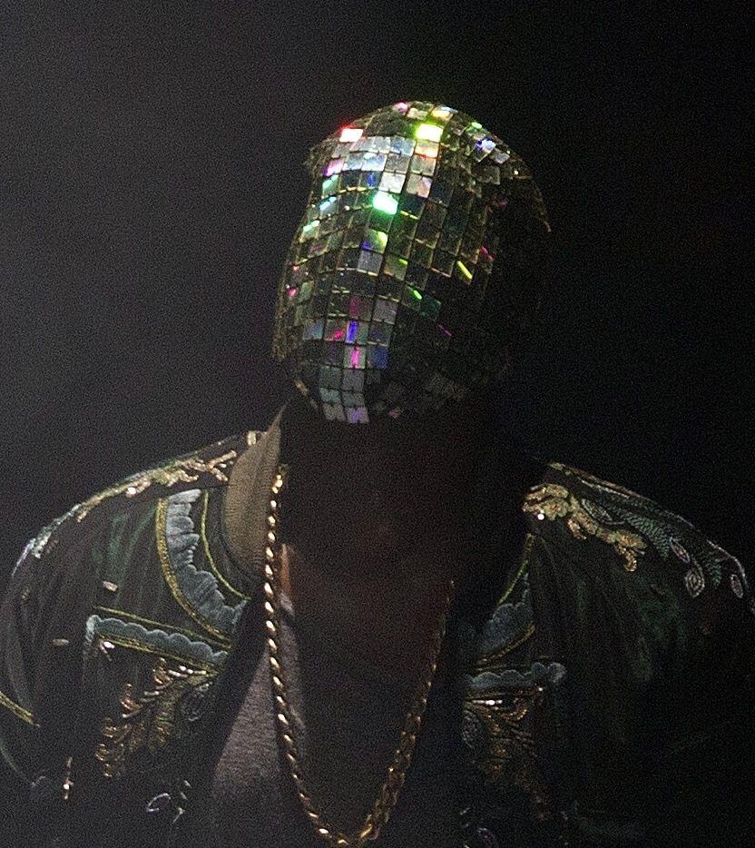 Kanye Sports More Crazy Masks During Concert Kanye West Mask Kanye West Style Kanye West