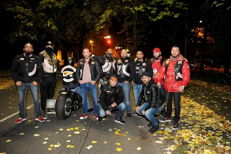 Pictures party hells angels Hell's Angels
