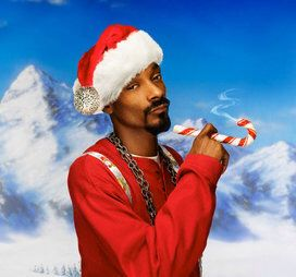 Celebrities In Ugly Christmas Sweaters Snoop Doggy Christmas