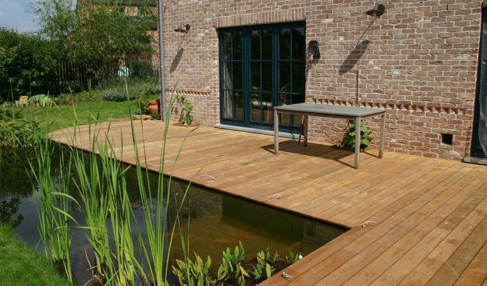 terrasse en bois autour du0027un étang Terrasse et alentours