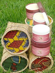 Shea WaLe Sheabutter Onlineshop - Packaging and the production process of Shea WaLe Shea Butter