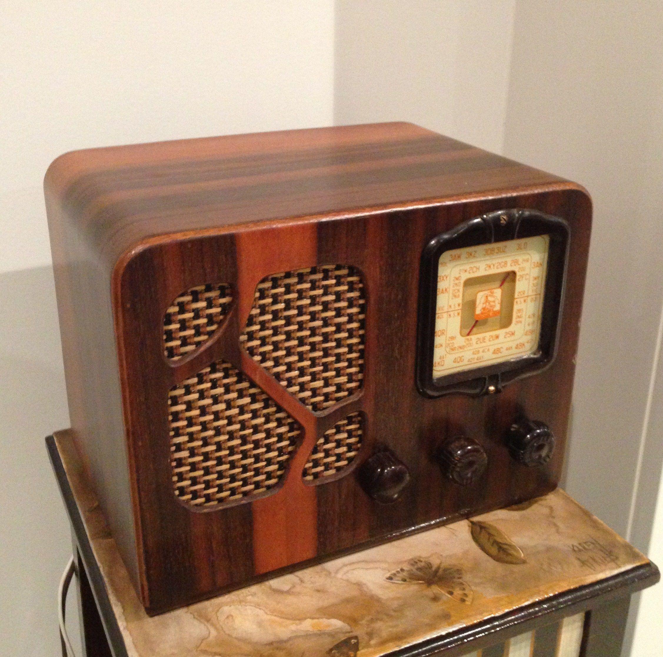 Aegis Valve Radio Australia Circa 1950 Retro Radios Vintage Radio Old Radios