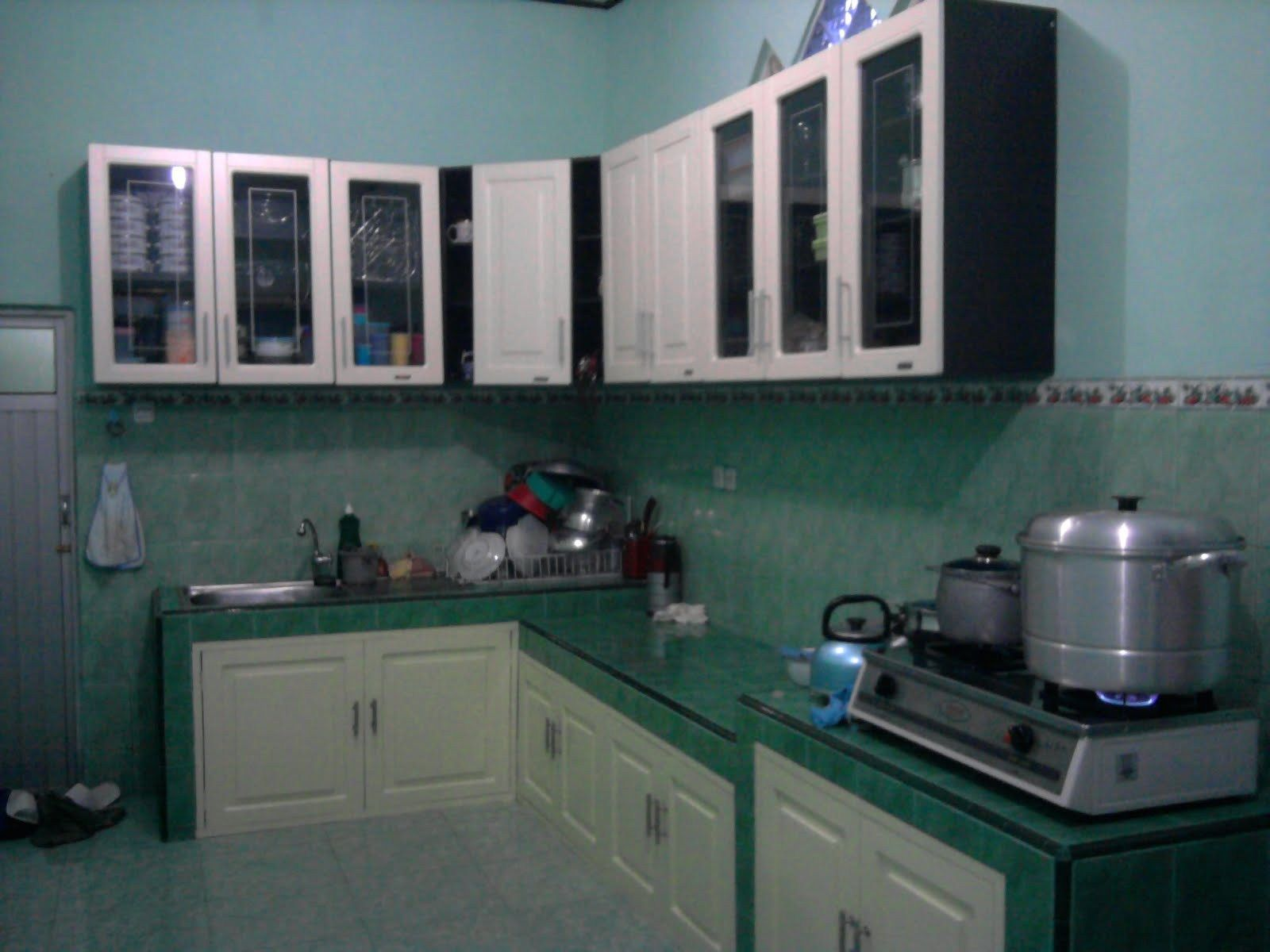 Foto dapur sederhana dapur pinterest kitchen sets for Harga kitchen set sederhana