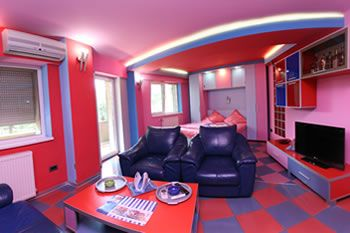 The best accommodation services in Timisoara, in Romania A tua richiesta divertimento assicurato!