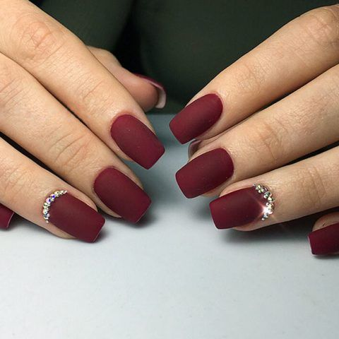 Maroon Nails Will Make A Queen Out Of You | NailDesignsJournal.com