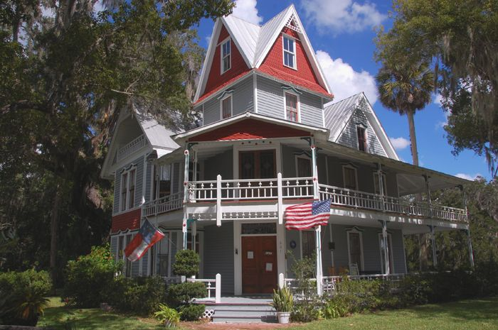 Complete List Of Haunted Places History In Florida And Where To Ghost Hunt Have You Ever Dreamed Of Being A Ghost Hunte Haunted Places Places In Florida Florida