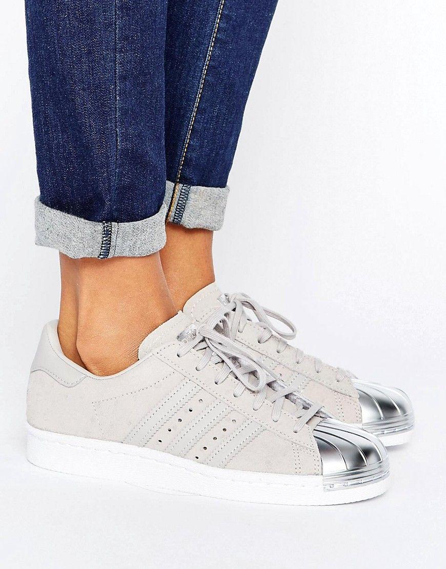 wholesale dealer 3dffe 4748f Zapatillas de deporte en gris metalizado con puntera plateada Superstar de adidas  Originals. Zapatillas de deporte de Adidas, Exterior de cuero, ...